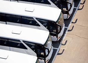 Dicas para trafegar melhor com caminhões e ônibus nas estradas