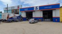 Caminhão do Força Técnica estacionado na filial de Maceió