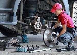 Peças originais: conheça as vantagens para o seu caminhão
